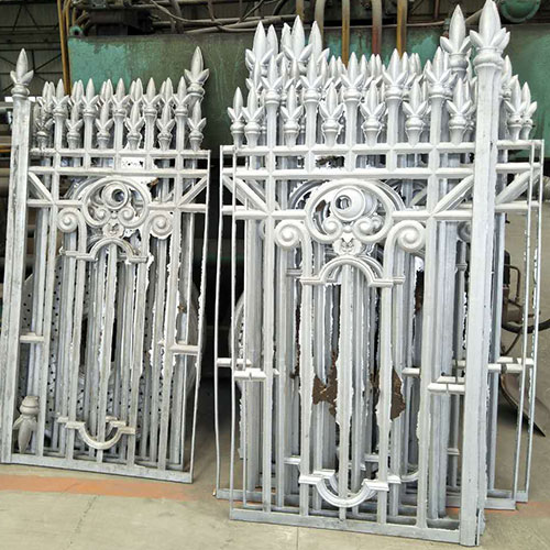 What are the methods to extend the life of cast iron fence?